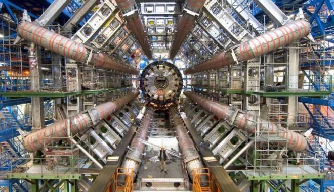 Va fi construit cel mai mare accelerator de particule din lume - acceleratordeparticule-1446369710.jpg