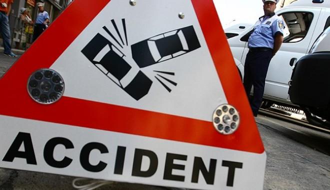 Foto: Accident rutier pe bulevardul Tomis. Victima, un băiat de nouă ani