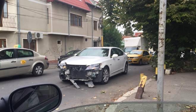 Foto: Gică Slabu, implicat într-un accident rutier, la Constanţa