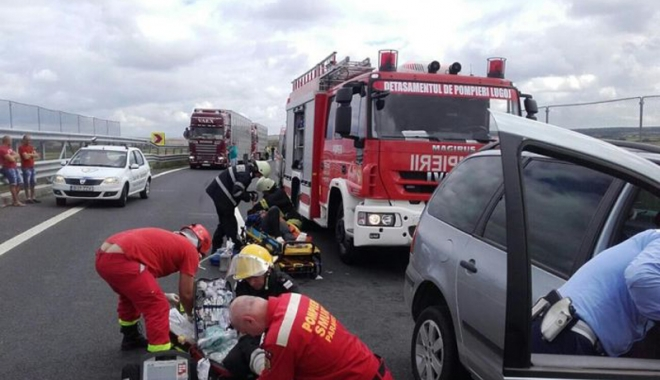 Foto: Accident grav pe Autostrada Soarelui. Un copil de 3 ani a murit