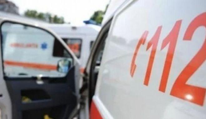 Foto: Accident rutier pe strada Cumpenei. UN COPIL DE TREI ANI A FOST RĂNIT