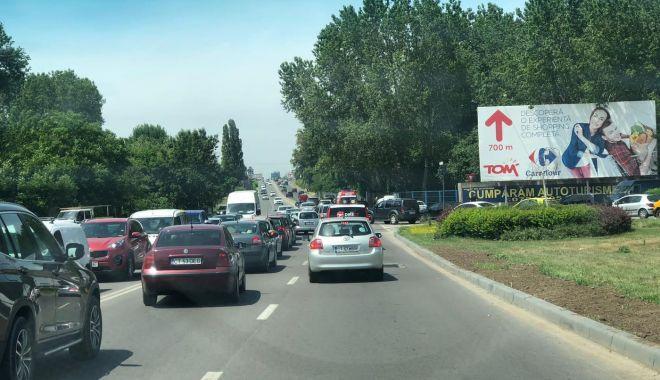 Trafic îngreunat în Constanța, din cauza unui accident dintre un microbuz şi un autobuz