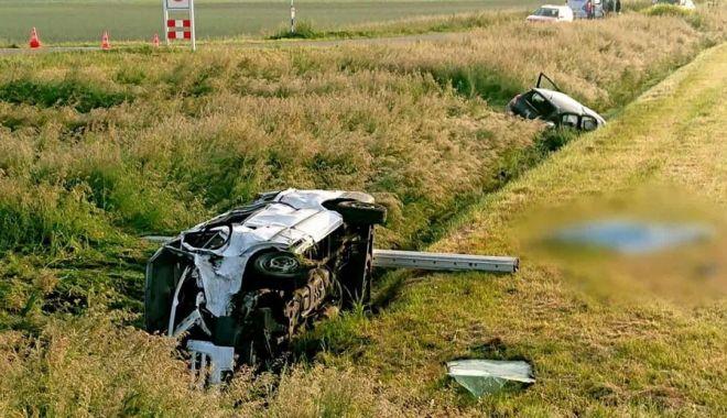 GALERIE FOTO - VIDEO / ACCIDENT RUTIER GRAV în Olanda! Doi muncitori români au murit și 7 sunt răniți - accident1-1590572053.jpg