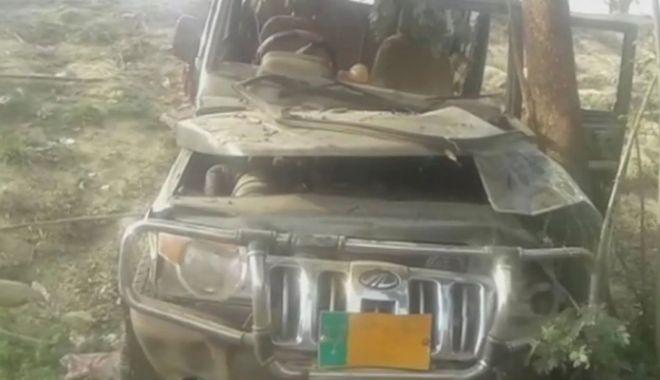 Foto: Accident înfiorător! Un vehicul a intrat într-o şcoală şi a omorât 9 copii