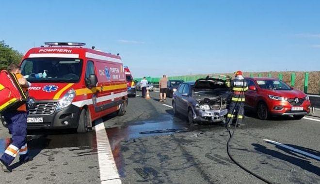 Foto: Accident grav pe drumul spre litoral. Nouă victime au ajuns la spital