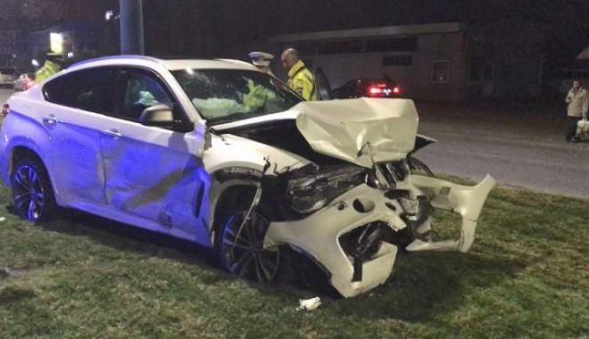 Foto: Nepotul lui Ilie Balaci, implicat într-un accident de circulație, după priveghi