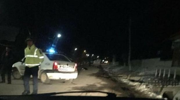 Foto: CAZ ŞOCANT! O femeie a murit, după ce a fost împinsă în faţa maşinii chiar de iubitul ei