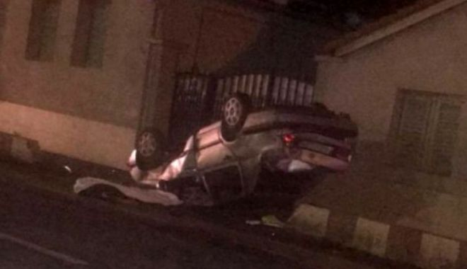 Foto: ACCIDENT MORTAL. Şoferul băut și fără permis furase mașina!