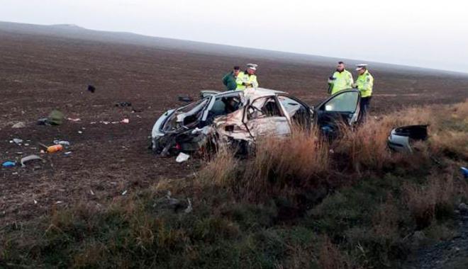 Foto: Accident cu nouă victime, între Constanţa  şi Tulcea. O persoană a decedat