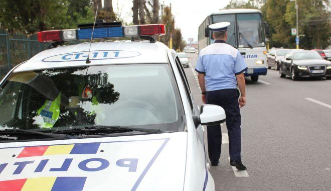 Accidente pe bandă rulantă, pe bulevardul Aurel Vlaicu - accidenteaurelvlaicu-1591954070.jpg