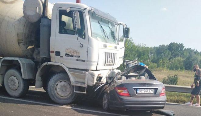 Accident groaznic, soldat cu doi morți și doi răniți - accidentgalati49822200-1566887601.jpg