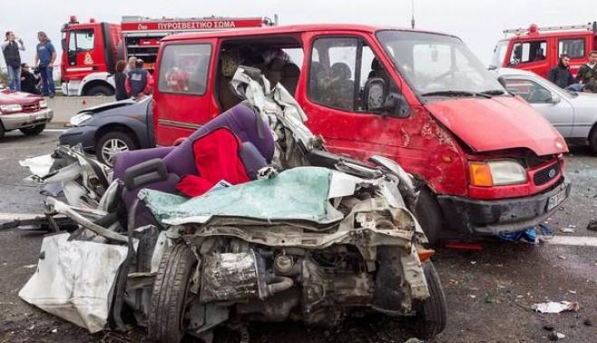 Foto: ACCIDENT GRECIA: Administratorul firmei care efectua lucrări pe autostrada, acuzat de OMOR