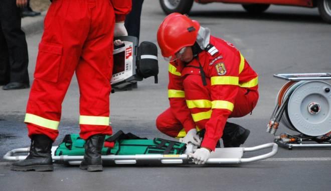Accident rutier mortal! Gemeni spulberaţi de microbuz! - accidentindependenteiiasi16marti-1437979754.jpg