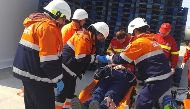 Foto: Păţanii la serviciu! Beţii în timpul programului sau accidente sfârşite rău