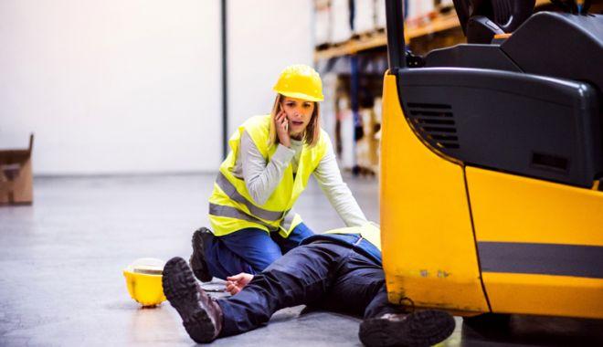 Foto: Două accidente de muncă. Anchetele, în plină desfăşurare
