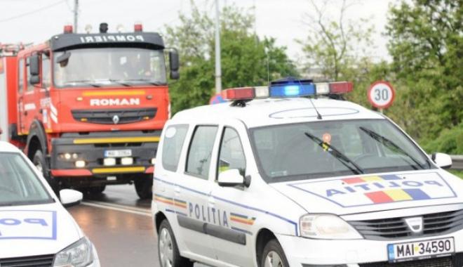 Foto: TRAGEDIE RUTIERĂ! Un mort şi doi răniţi, după ce mai multe maşini au fost implicate într-un accident rutier