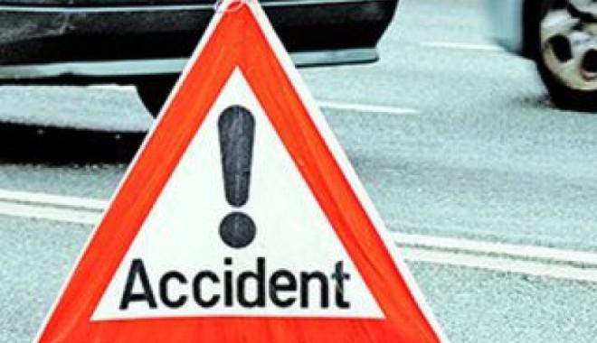 Foto: Accident rutier cu patru victime din vina unui şofer băut