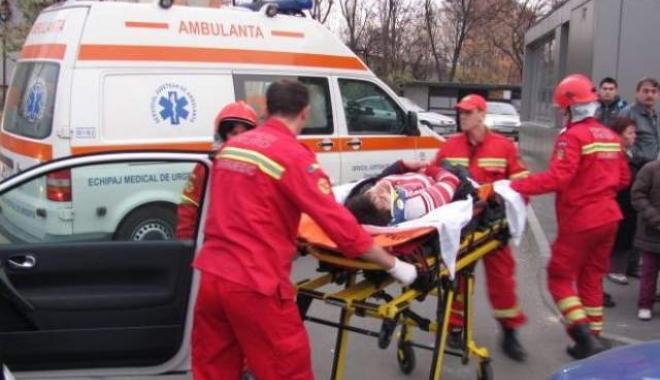 Foto: Femeie lovită mortal de un autoturism. Şoferul a fugit de la locul tragediei