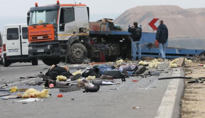 Foto: Din cauza crizei, nici morţilor nu li se mai face dreptate!