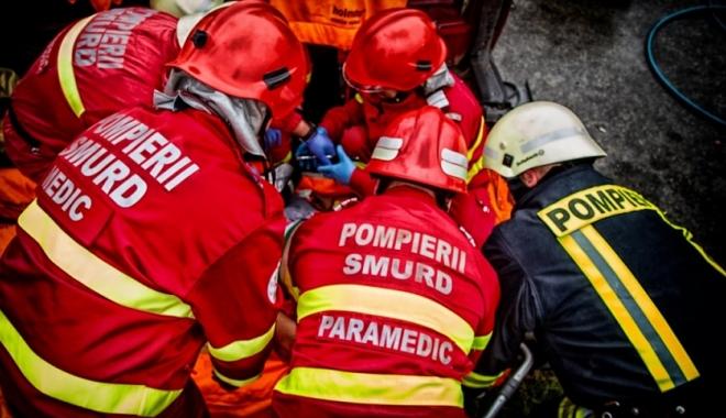 Foto: INCONŞTIENŢĂ LA VOLAN. Un începător a băgat trei oameni în spital