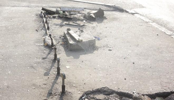 Iată ce dezastru a rămas în urma accidentului de azi-dimineață! (GALERIE FOTO) - accidentstrmircea22-1322385164.jpg