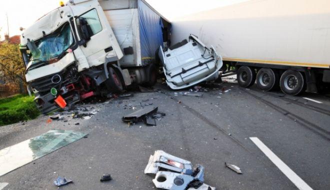 Foto: Accident grav! SUNT DOUĂ VICTIME