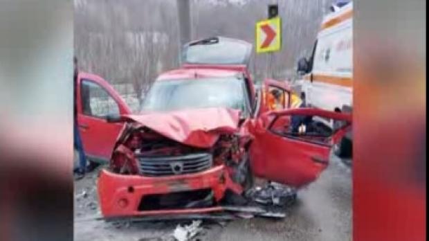 Foto: Grav accident rutier! O femeie a murit şi trei bărbaţi au fost răniţi