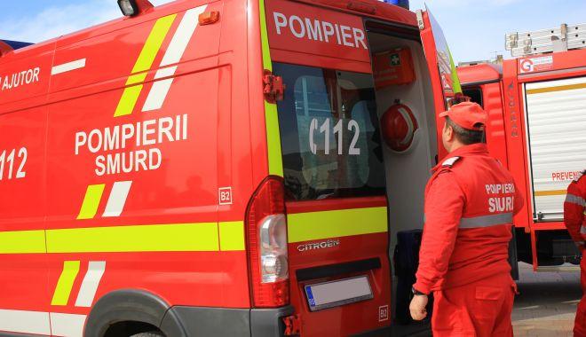 Carambol la Ovidiu, între trei mașini: o fetiță a ajuns la spital! - accidtreimasini-1614267219.jpg