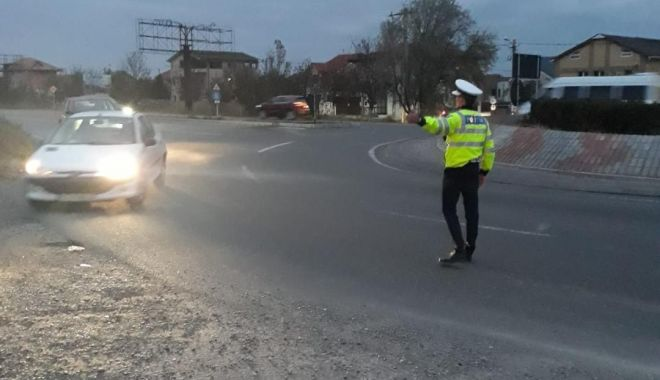 Foto: Razie pe şoselele din Constanţa. Câţi şoferi au rămas fără permis de conducere