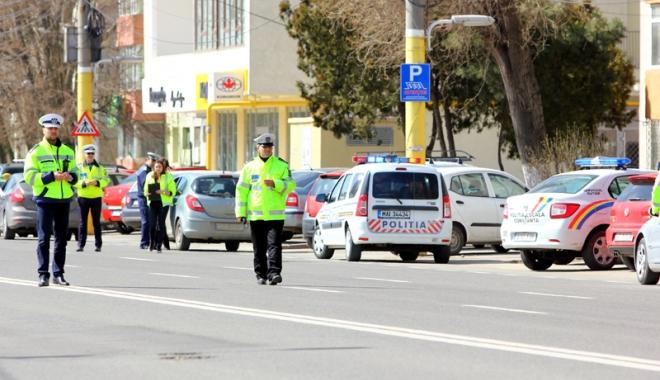 Acţiuni ale poliţiştilor constănţeni, în cooperare cu jandarmi - actiuniale2-1516375237.jpg