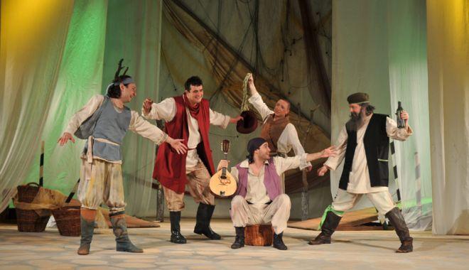 """Foto: Actorii constănțeni aduc """"Luceafărul"""" pe scenă,  de Ziua Națională"""