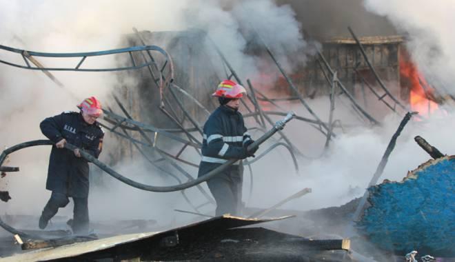 Foto: Acuzaţii grave  după incendiul  de la Penitenciarul Poarta Albă