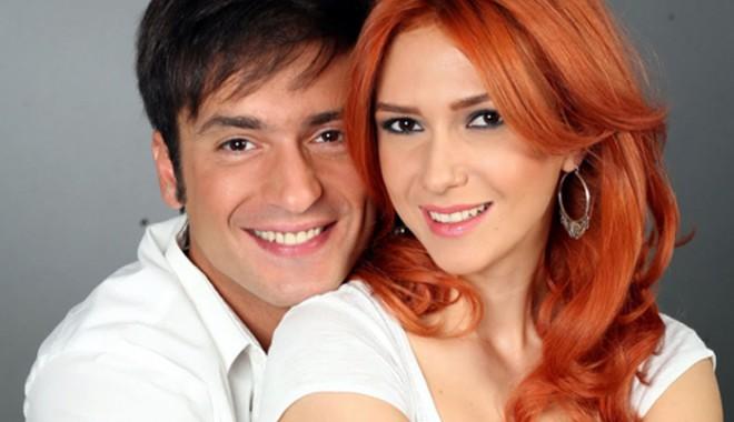 Adela Popescu și Radu Vâlcan vor un Crăciun în familie - adelapopescuraduvalcan1355931019-1355964580.jpg