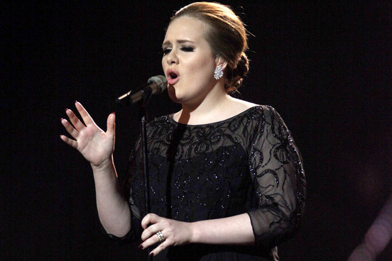 "Foto: Adele va interpreta melodia ""Skyfall"" la ceremonia Oscarurilor"