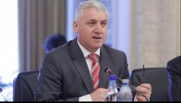 Foto: Ţuţuianu: Dragnea contestă completele de judecători în speranţa că va fi extras acela dispus să-i facă jocul murdar