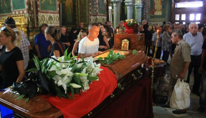Adio, Virgil Coman! A urcat la Ceruri, să se ocupe de arhivele Raiului - adio7-1470587731.jpg
