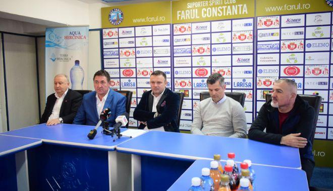 Adrian Pitu, noul preşedinte executiv al SSC Farul. Tiberiu Curt - team manager - adipitu3-1518456907.jpg