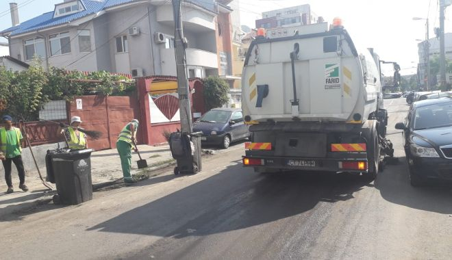 Foto: Administrația locală continuă igienizarea în Constanța