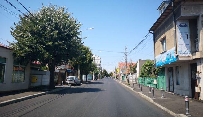 Foto: Administrația locală reabilitează trotuarele din Constanța. Unde se lucrează