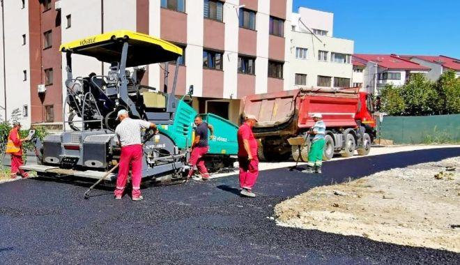 Foto: Administrația locală continuă modernizarea străzilor din cartierul Compozitorilor