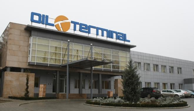 Foto: Administratorii Oil Terminal se codesc să returneze indemnizaţiile încasate ilegal