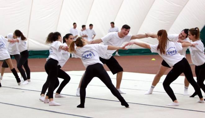 Foto: Cinci campioni îşi vor continua performanţele la Facultatea de Educaţie Fizică şi Sport