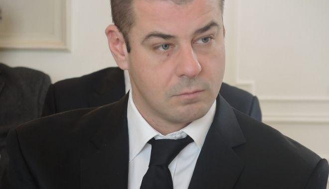 Foto: Adrian Dobre, eliberat din funcţia de secretar de stat
