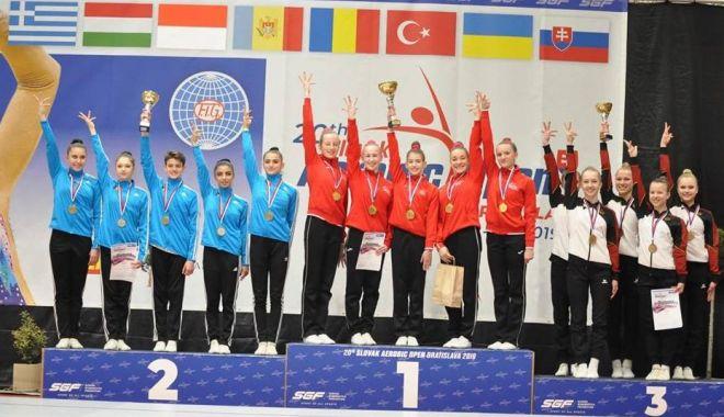 Foto: Aerobicii constănţeni, medaliaţi la Openul Slovaciei