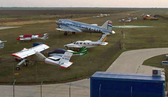 Foto: Aeroportul Tuzla, pe locul al doilea naţional, în topul mişcărilor de aeronave