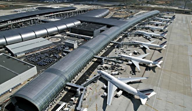 Foto: Incident grav de securitate pe aeroportul Charles de Gaulle, din Paris