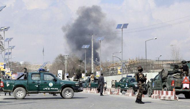 Foto: Afganistan: Cel puțin opt morți într-un atentat sinucigaș