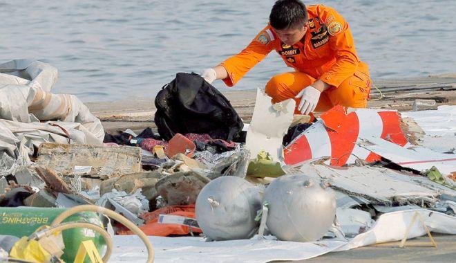 Foto: A fost localizat fuzelajul avionului Lion Air  prăbuşit în mare