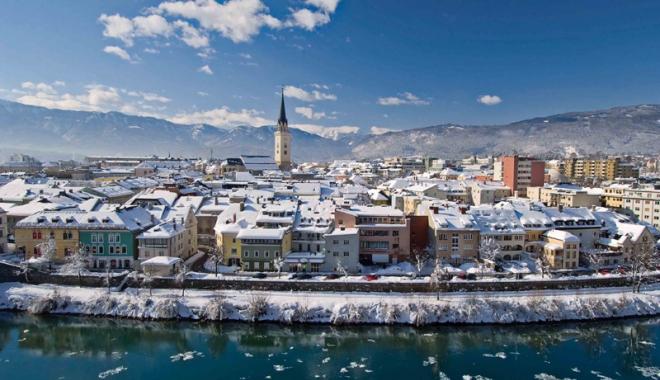 Foto: Agenţiile de turism, puse în pericol  de impozitul de 1 la sută din cifra de afaceri