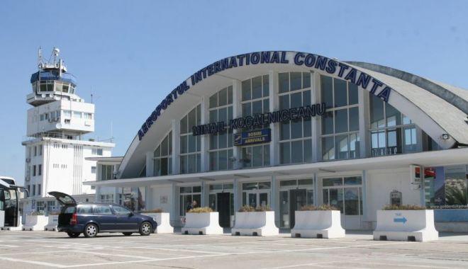 """Foto: Agenții de turism, în vizită la Aeroportul Internațional """"Mihail Kogălniceanu"""""""